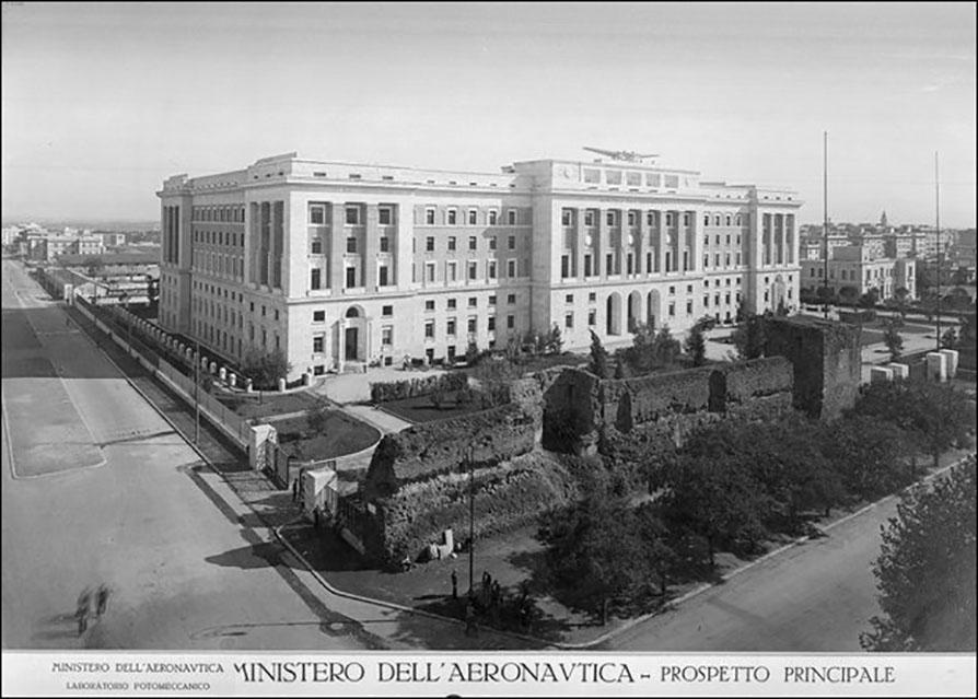 Foto d'epoca, Il palazzo del ministero dell'Aeronautica (1929 – 1931). Fonte: www.difesaonline.it